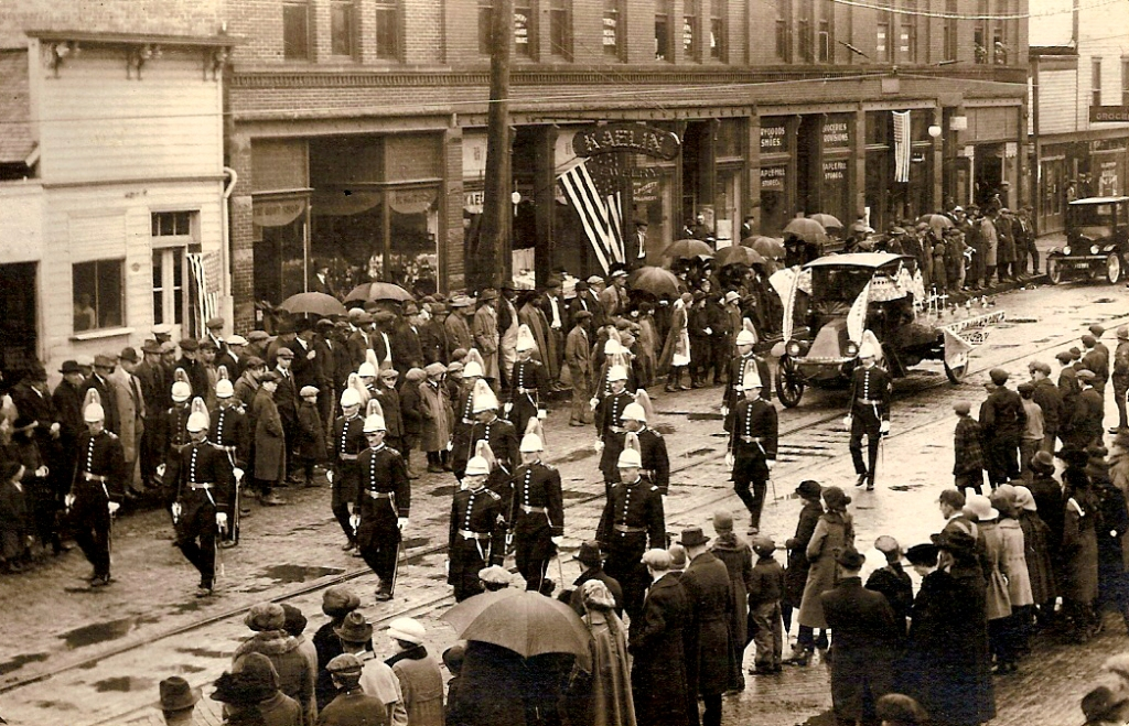 Veterans welcomed home from WWI on upper Vine Street, OTR, Cincinnati. Jewelry store in the picture was located at 1823 Vine Street. Photo from Don Prout of http://www.cincinnativiews.net/index.htm